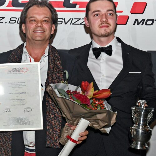 Premiere bei den Tourenwagen: Vater und Sohn Feigenwinter gemeinsam auf dem Podest © Kaufmann Motorsport Schweiz | Auto Sport Schweiz
